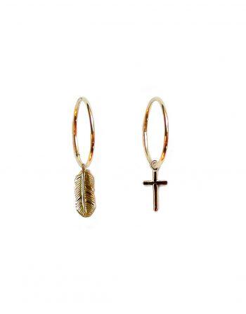 orecchini-cerchio-piuma-croce-oro_