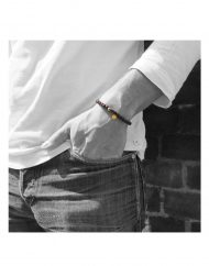 Red String Bracelet-indossato1