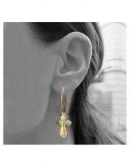 orecchini-cerchio-20mm-croce-antica-oro_indossato