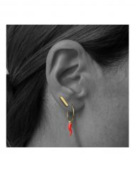 micro-stick-stud-earrings-in-18kt-solid-gold_3