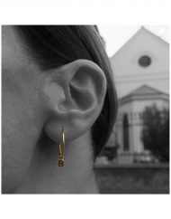 micro-initials-hoops-in-18kt-solid-gold_2